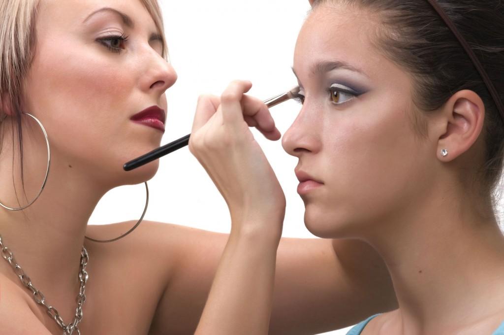 3075349_l-makeup artist