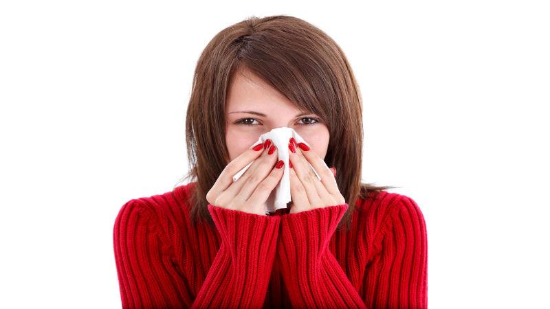 12176051_l-cold sneezing